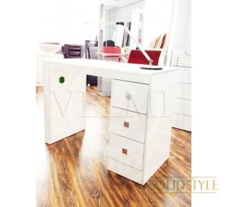 Маникюрный стол VM112